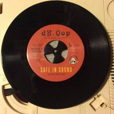 """Dr. Oop - Safe In Sound / Circle City Classic, 7"""""""