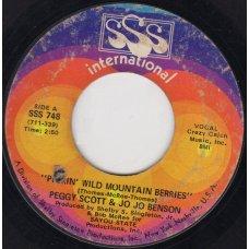 "Peggy Scott & Jo Jo Benson - Pickin' Wild Mountain Berries, 7"""